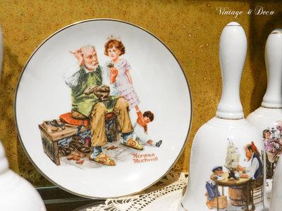 [Cup-0170] 美國知名畫家Norman Rockwell 收藏瓷盤 老件 復古 zakka 擺飾 共有六款