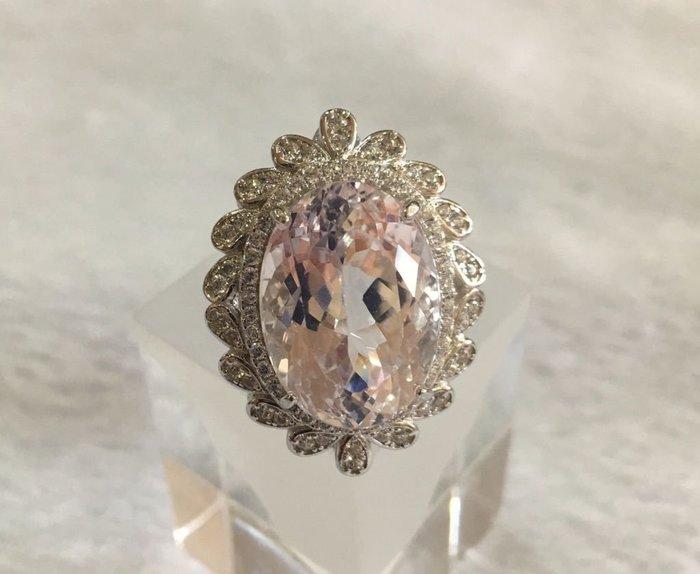 珍奇翡翠珠寶首飾-天然孔賽石15.55克拉,無燒無處理,完美無瑕IF. 火光璀璨閃耀,巨大罕見,乾淨淡粉嫩紫搭配豪華戒台