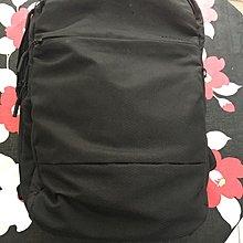 Incase 電腦後背包City Commuter Backpack With Diamond Ripstop(九成新)