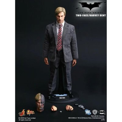 HOT TOYS MMS81 TWO FACE 雙面人 1.0