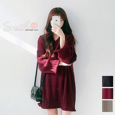 【V2027】SMILE-慵懶女孩.V領麻花捲邊寬鬆長袖上衣