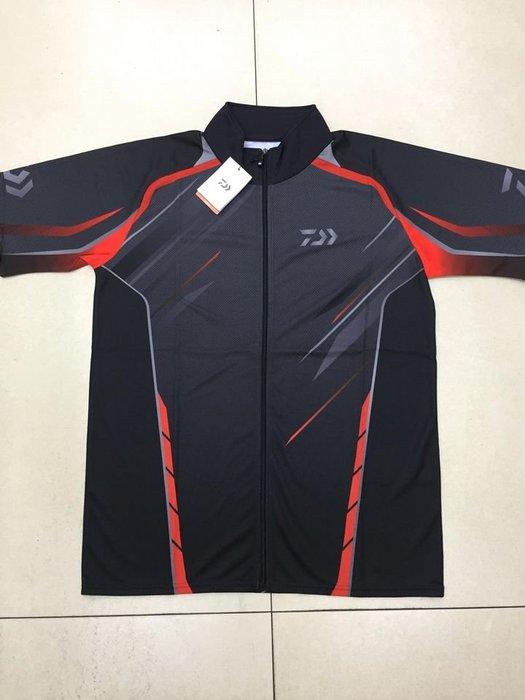 五豐釣具-DAIWA 2020最新款短袖吸水速乾性~抗UV機能全拉鍊排汗衫DE-76020特價1550元