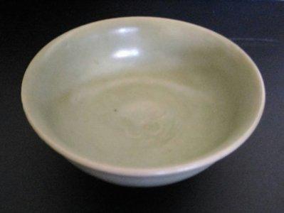 [聚寶軒]古瓷 龍泉窯碗品相如圖 尺寸約: 口徑:13.2 公分,高: 5.7 公分
