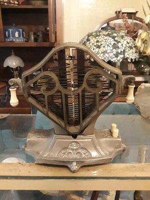 疫情拍賣【布諾西洋古董】1920年美國製烤麵包機$28000