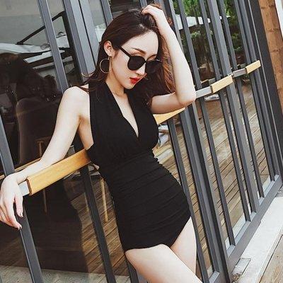 泳衣女連體三角性感黑色小胸聚攏鋼托遮肚顯瘦露背溫泉保守游泳衣