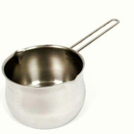 日本製不鏽鋼牛奶鍋 不銹鋼牛奶鍋 800ml 日本製 不銹鋼牛奶鍋 18-8不鏽鋼牛奶鍋  單手鍋(內外皆有刻度)