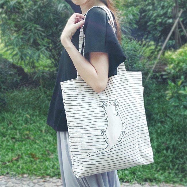 【FAT CAT HOUSE胖貓屋】日系小清新貓星人帆布包 慵懶貓帆布包 環保袋 購物袋 書包 側背包