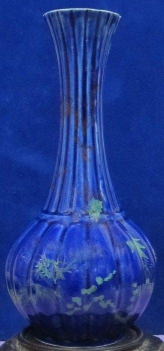 古藝閣 清 寶藍釉長頸凌型圓球瓶