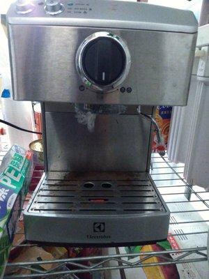 半自動咖啡機 Electrolux EES200E /  EES-200E 伊萊克斯 義式咖啡機 台中市