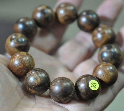 宋家苦茶油shawnanall.32號.台灣三峽黑格肖楠木所製20mm12顆手珠.香噴噴.沉水黑格重油.