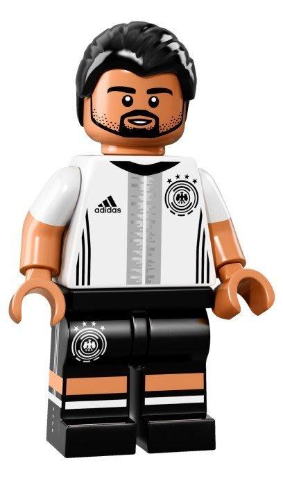 【LEGO 樂高】益智玩具 積木/ DFB 德國足球隊 人偶系列 71014   單一人偶: Khedira 背號:6號