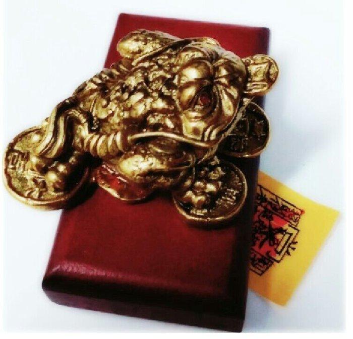 林老師開運坊~咬錢三角的銅蟾蜍(小)長7cm 寬5.5cm 高3.2cm+旺財符/旺財.咬錢.催財~硃砂開光