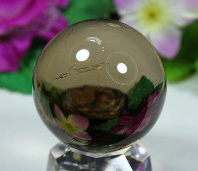 孟宸水晶 = A9026  (100%天然超清透茶水晶球236克)