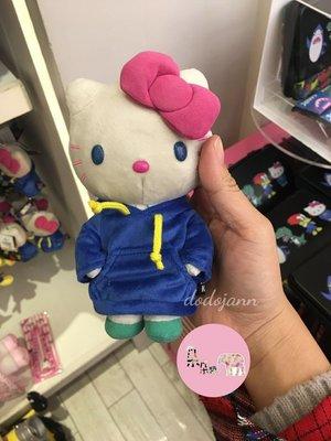 現貨~日本環球影城限定 Hello Kitty娃娃吊飾🌸朵朵醬代購🌸