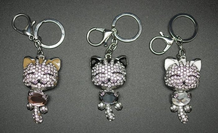 又敗家@日本MIOOGGI鑽飾開心貓鑰匙圈禮品趣味風包包吊飾精緻吊飾貓咪吊飾包包裝飾物貓咪鑰匙圈
