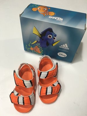 愛迪達 adidas 兒童涼鞋 小童涼鞋 迪士尼聯名款 海底總動員 尼莫造型 尺寸:6/13cm~9/15.5cm
