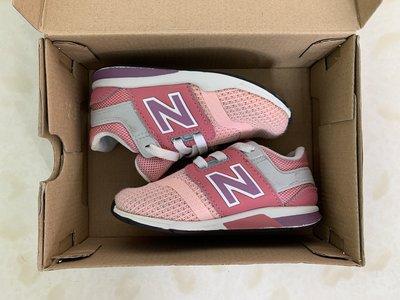 New Balance Kids Shoes (粉紅色幼童休閒鞋)
