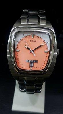 [永達利鐘錶 ] DIESEL 長方型銀殼橘面刻度設計鍊帶錶 DZ1070/ 40mm