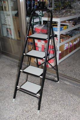 [便宜五金] 四階豪華梯 家用鋁梯 安全梯 收納梯 折疊梯 鋁梯 折疊樓梯椅 樓梯椅 樓梯 耐重樓梯 踏板樓梯
