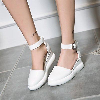 Fashion*坡跟涼鞋~網紅包頭涼鞋 透氣包跟休閒涼鞋 百搭坡跟增高小白鞋/跟高4.5CM 34-40碼『白色 黑