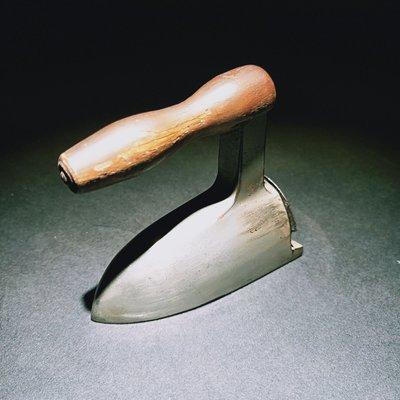 百寶軒 西洋古董德國1930年代微型小熨斗小燙鬥邊角燙鬥稀有收藏擺件 ZG1694