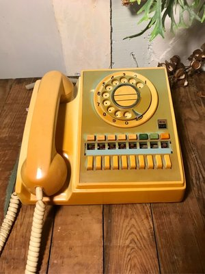 早期政府公務轉盤電話 總機電話