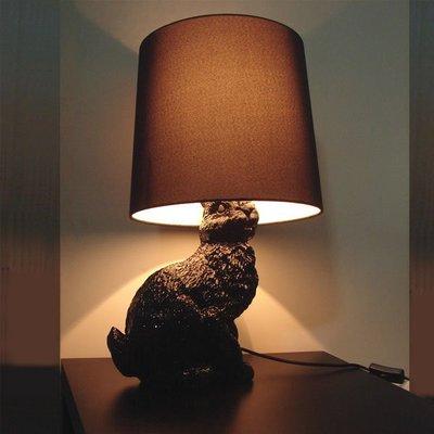 【58街-高雄館】義大利設計師款式「Rabbit Lamp兔子,黑、白兔布罩台燈」檯燈,複刻版。GL-089