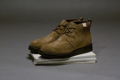 "(A.B.E)MADNESS x TIMBERLAND ""ALTERATION"" Vibram® Chukka中筒靴"