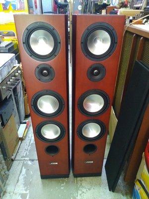德國 CANTON VENTO-809DC 三音路四單體落地喇叭 鋼琴烤漆 品項很漂亮 9分新(誠可議)