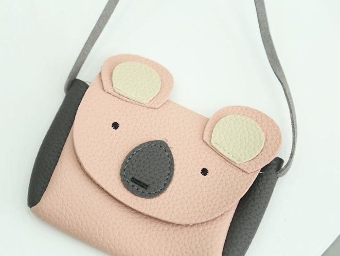 ☆現貨☆BB07 女童包包 兒童掛包 嬰兒斜挎包小熊造型包☆草莓花園☆