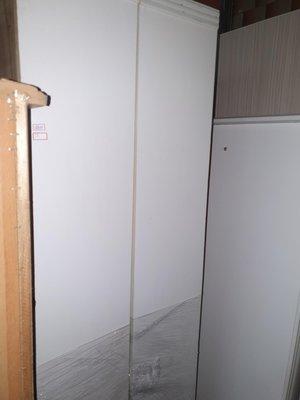 新竹二手家具買賣來來-白色-五尺掀床(分店)~新竹搬家公司|竹北-新豐竹南頭份-2手-家電買賣中古實木-傢俱沙發-茶几-衣櫥-床架床墊-冰箱洗衣機