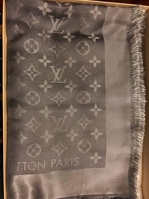 全新 LV  Monogram 經典花紋羊毛絲綢披肩圍巾(灰銀色)M75120