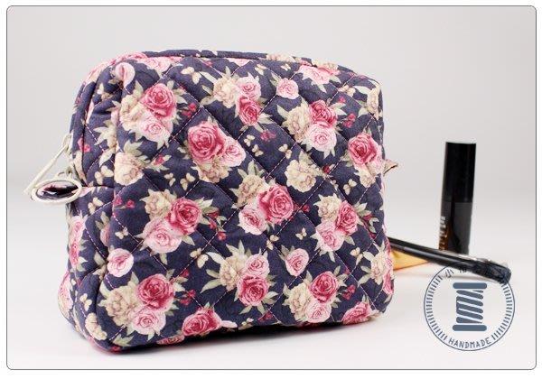 ✿小布物曲✿手作 菱格紋化妝包- 精巧手工車縫製作 進口布料質感超優