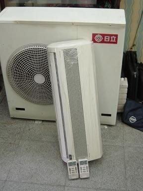 日立分離式冷氣一對二1噸+2噸 25000含基本安裝 (破盤價)八成新 保固 另有多組