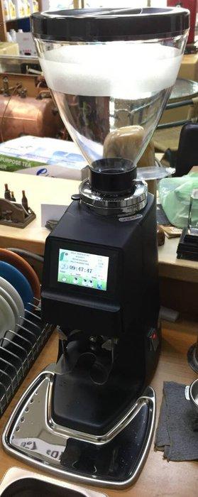 良鎂 獨家銷售 營業用 定量磨豆機(黑色)--【良鎂咖啡精品館】