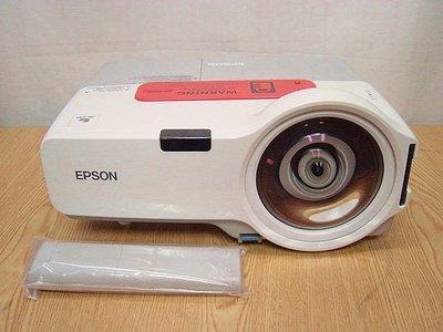 #【小劉二手家電】EPSON 超短焦投影機,外觀乾淨,附線材,含遙控,現場可測試 ! EB-410W