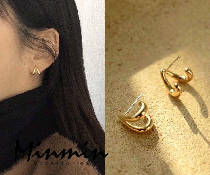 【Minmin飾品】正韓。勾心 銅鍍24K金 銀針耳環