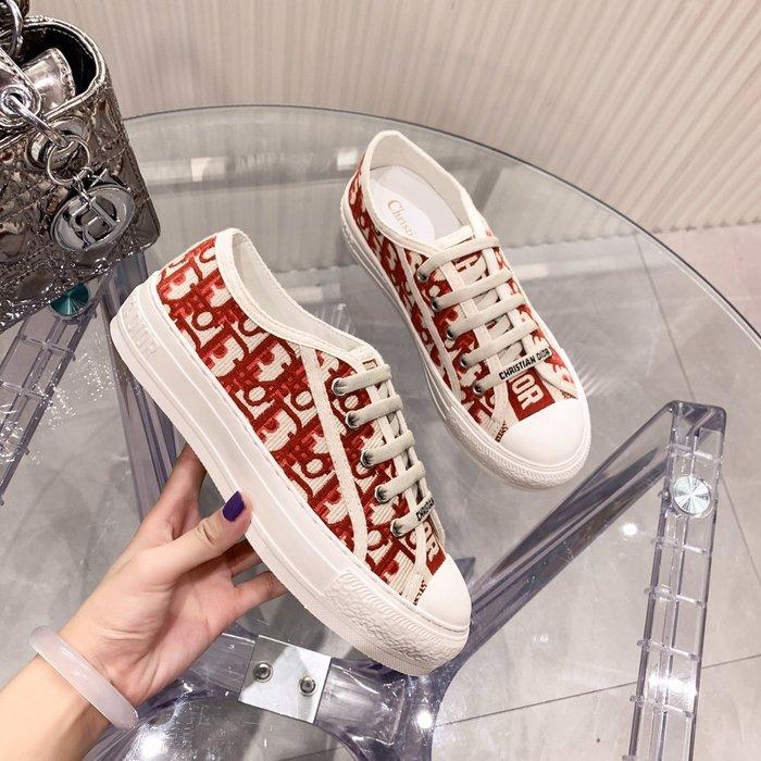 D迪家 女士雙面刺繡帆布鞋  休閑鞋 板鞋 小白鞋 運動鞋 34-40碼~妖精館