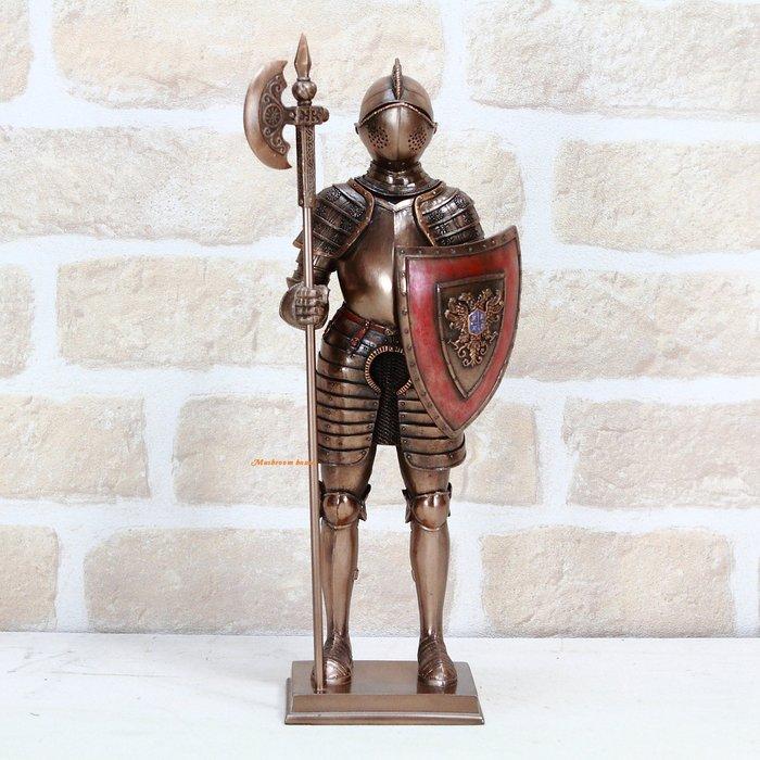 點點蘑菇屋{中古武士擺飾十三}鐵甲武士 全身盔甲左手盾牌右手握長斧頭 仿銅雕塑 歐洲羅馬武士 現貨 免運