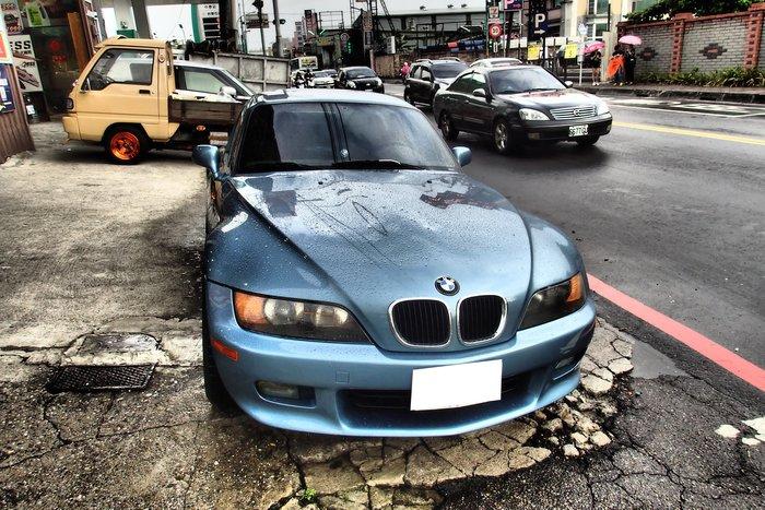 DJD19073012 BMW 寶馬 Z3 前保桿烤漆服務 依現場估價為準 歡迎預約