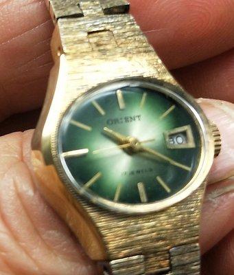 OQ精品腕錶  瑞士手上鍊女錶錶帶有退色所以便宜賣有日期全新錶不含龍頭20MM