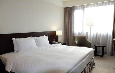 @瑞寶旅遊@台中來來商旅【精緻客房】『經典客房4人$3400』鄰近中華夜市、中友百貨