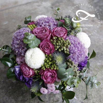 F48。森林系。紫色系捧花。拍照捧花。結婚捧花。客製新娘捧花。台北自取【Flower&House花藝之家】