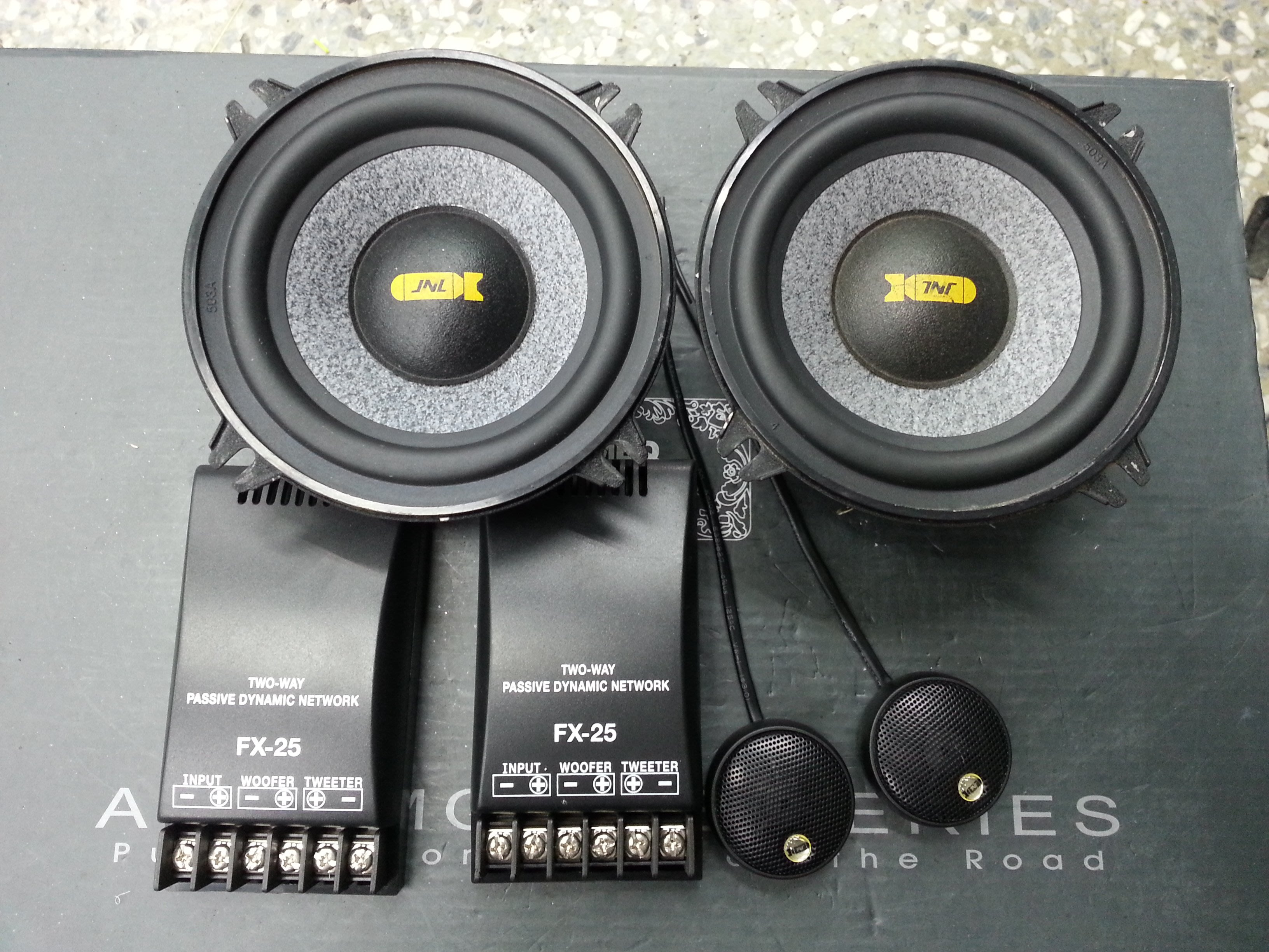 TNT 5吋 兩音路分音喇叭.非新品.功能正常