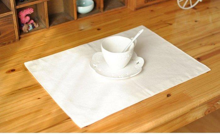 【#020 純白無圖】雙層加厚♣美式棉麻餐墊♣餐布♣桌墊♣隔熱墊 攝影道具 拍攝背景 宅優物