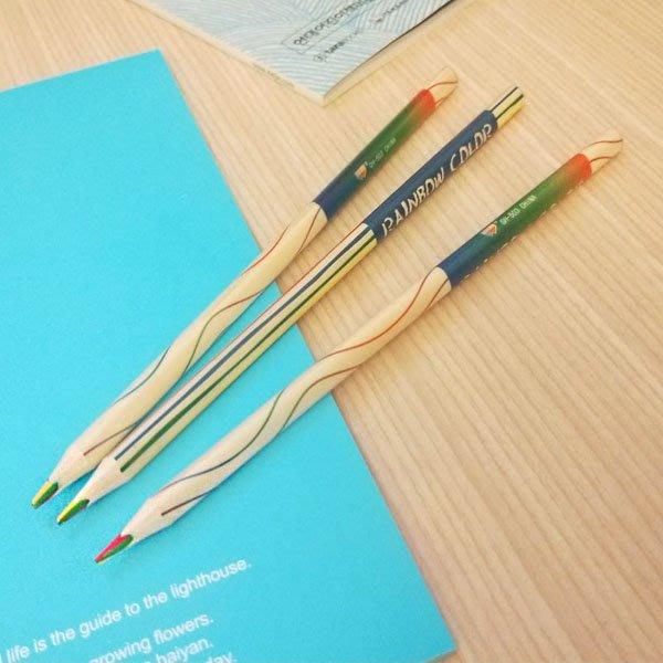 【贈品禮品】A4079 三角彩虹鉛筆/彩色筆/彩虹筆/色鉛筆/著色筆/可削鉛筆/文具/贈品禮品