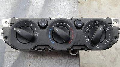 (建鑫科技工作室)   音響按鍵,冷氣開關,置杯架,退色,變黏,掉漆,磨損,符號.板件卡夢~