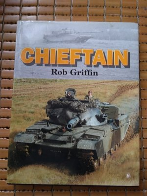 不二書店 CHIEFTAIN Rob Griffin 精裝