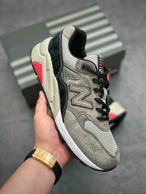 New Balance 新百倫 灰色 透氣 麂皮 豬八革 復古 運動 慢跑鞋 MRT580GK 男女鞋