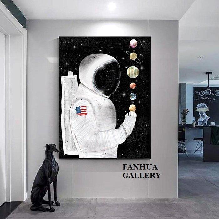 C - R - A - Z - Y - T - O - W - N 太空人月球宇航員掛畫餐廳巨幅壁畫創意個性美式人物版畫